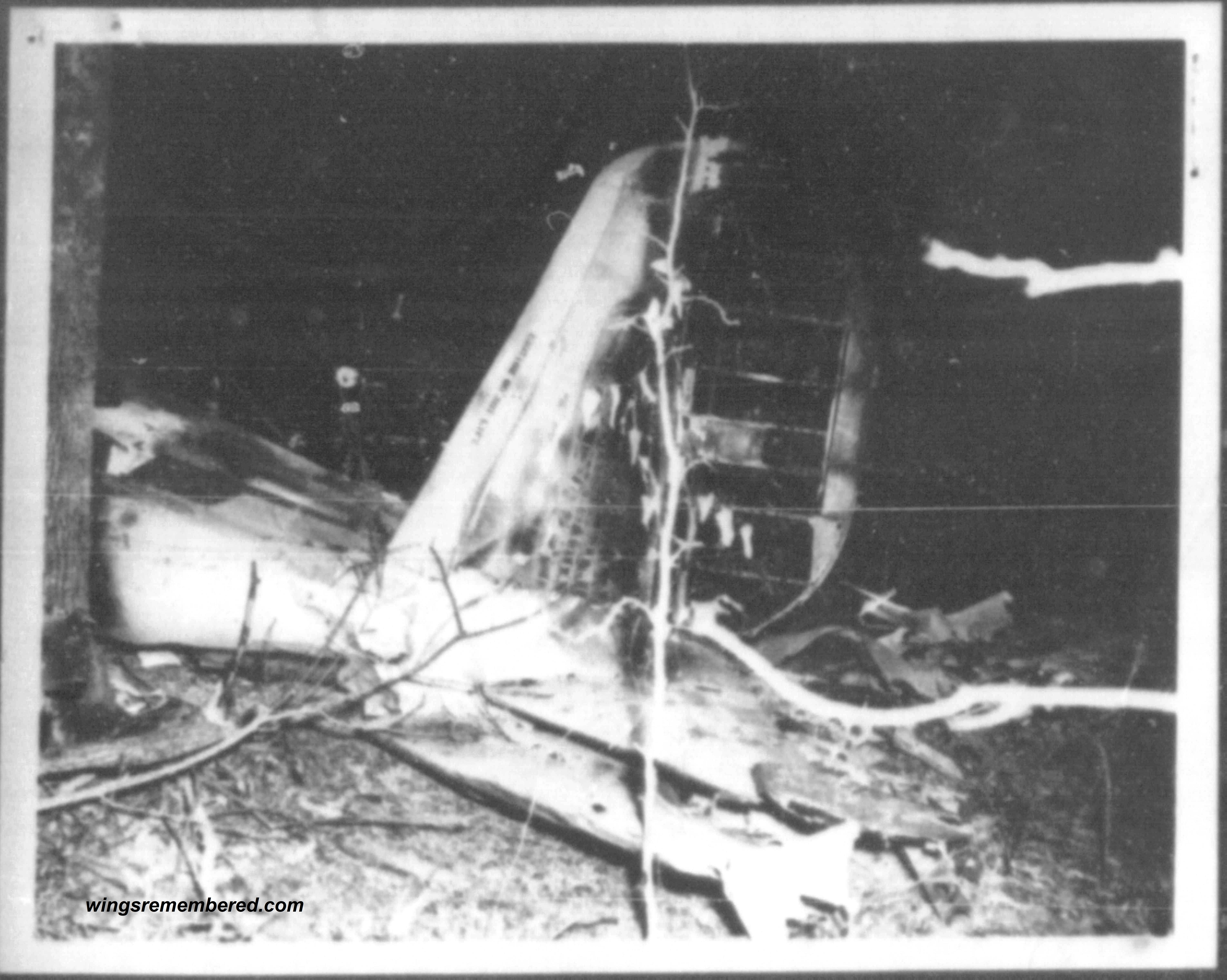 Photo showing the 12 November 1954 crash site in Mississippi